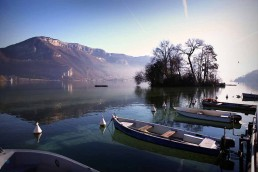 Bateau bord du lac d'Annecy